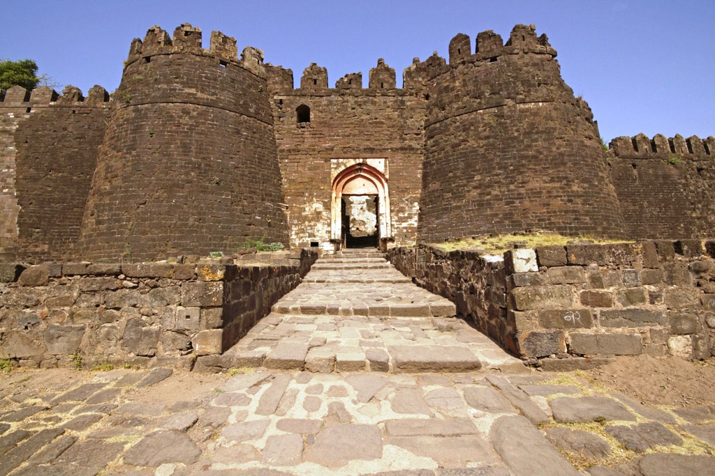 Daulatabad-Fort Forts and places of India