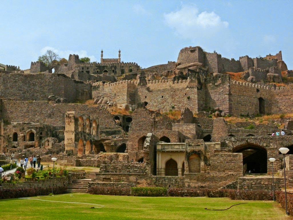 Golconda-Fort Forts and places of India