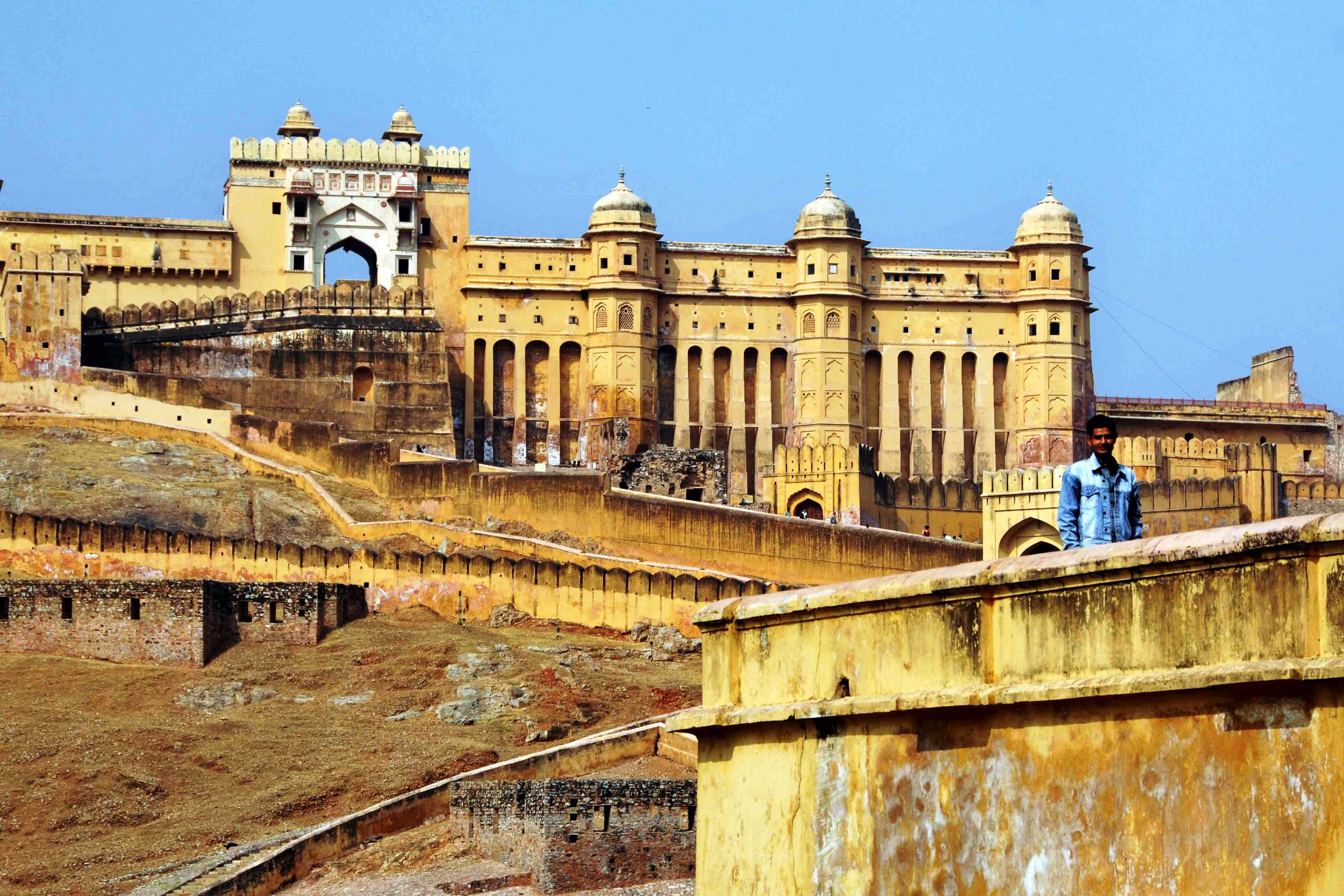 Le-palais-dAmber-à-Jaipur Best Forts and places of India